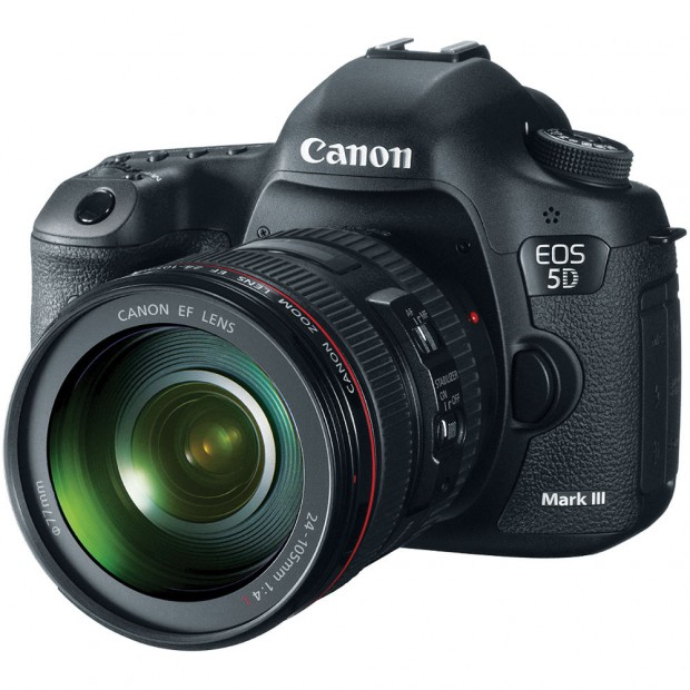 Canon EOS 5D Mark III w 24-105mm lens